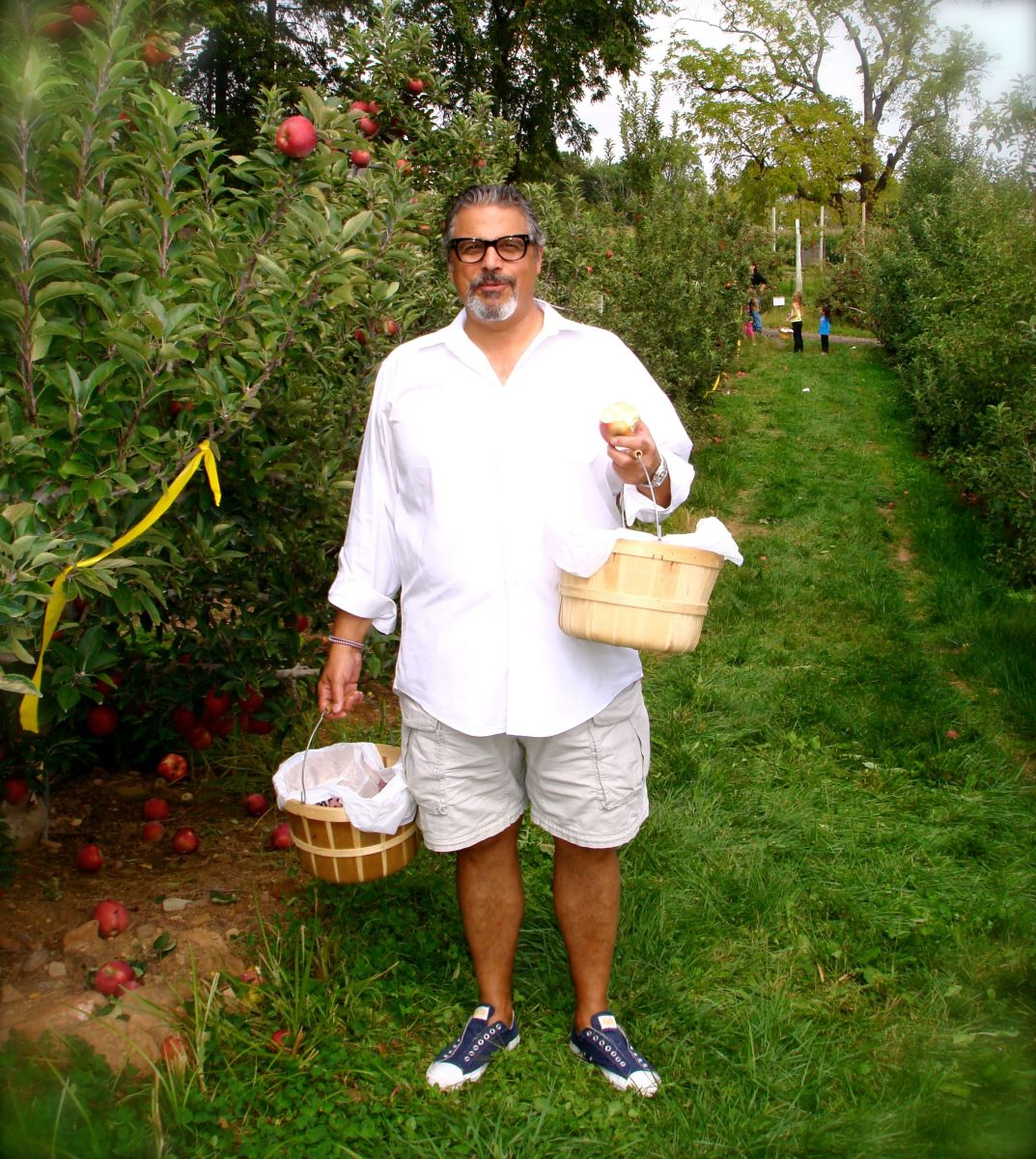 Real men go apple picking
